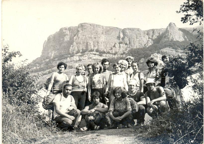 Группа туристов в походе