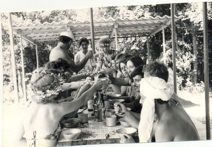 Столовая-кухня на турстоянке